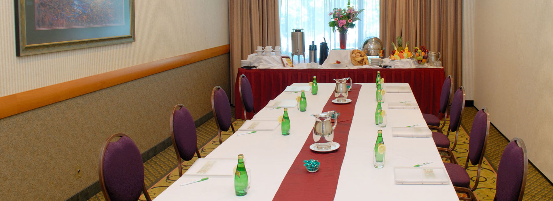 Meeting and conference room - Lillooet Room at Holiday Inn North Vancouver