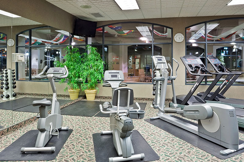 Treadmills and exercise machines available in the gym at the Holiday Inn North Vancouver