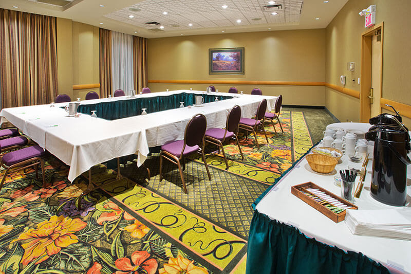 Meeting and event room at Holiday Inn North Vancouver