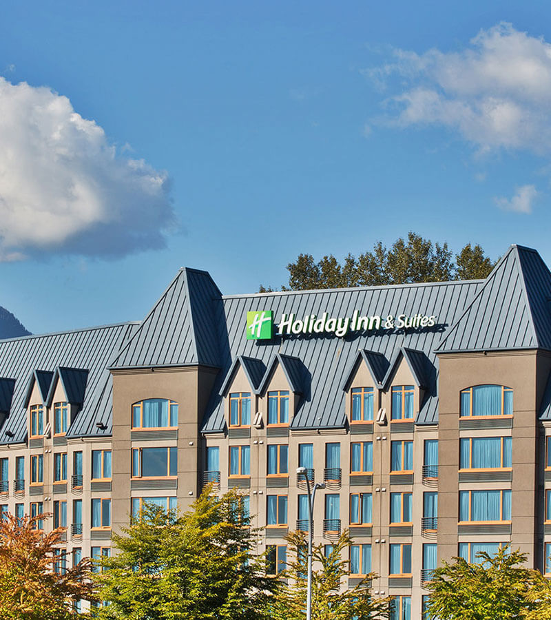 Exterior of the Holiday Inn North Vancouver