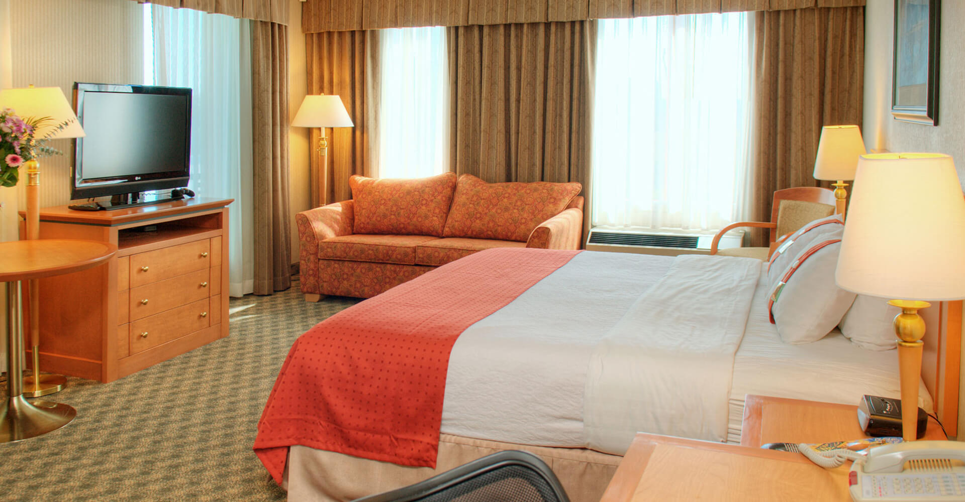 Furnished single room accommodation at the Holiday Inn North Vancouver